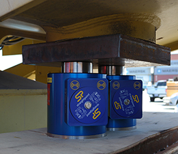 sp compression load cells in use port of LA